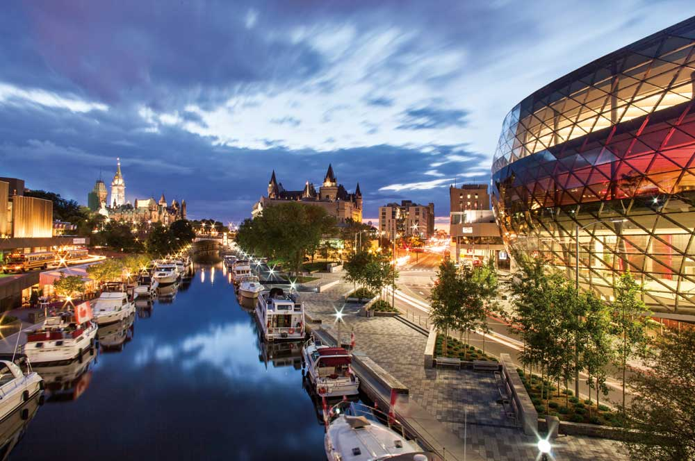 travelibro Canada Calgary Fernie Montreal Ottawa Quebec City Toronto Vancouver Canada Family  Rideau Canal
