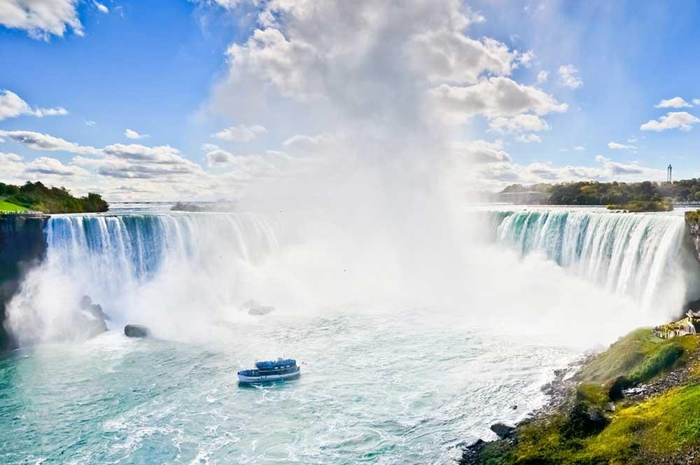 travelibro Canada Calgary Fernie Montreal Ottawa Quebec City Toronto Vancouver Canada Family Niagara Falls Tour