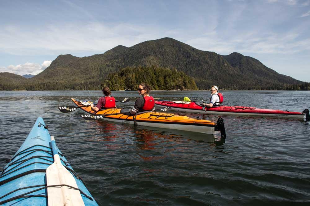 travelibro Canada Jasper Lake Louise Montreal Tofino Toronto Vancouver Whistler Canada Adventure  Sea Kayaking