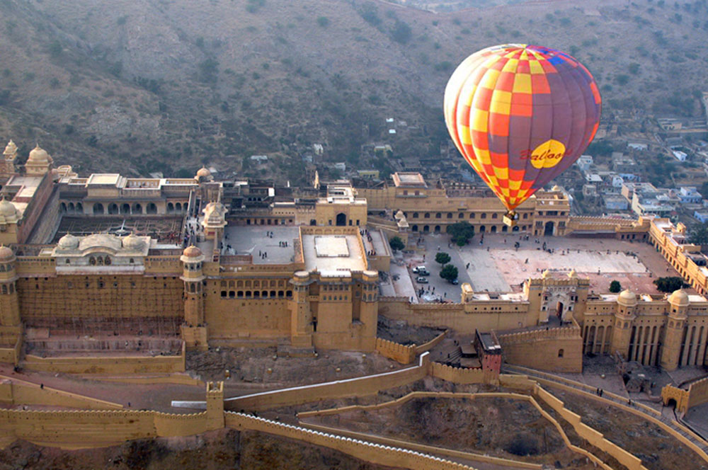 travelibro India Delhi Goa Jaipur Jaisalmer Leh Manali Ranthambore National Park Rishikesh Shimla India Adventure Balloon Safari with Sky Waltz