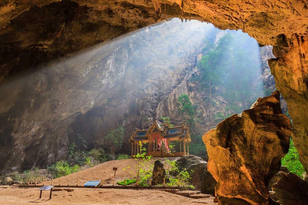 travelibro Thailand Bangkok Chiang Mai Hua Hin Ko Samui Pattaya Phuket Thailand Backpacking Phraya Nakhon Caves