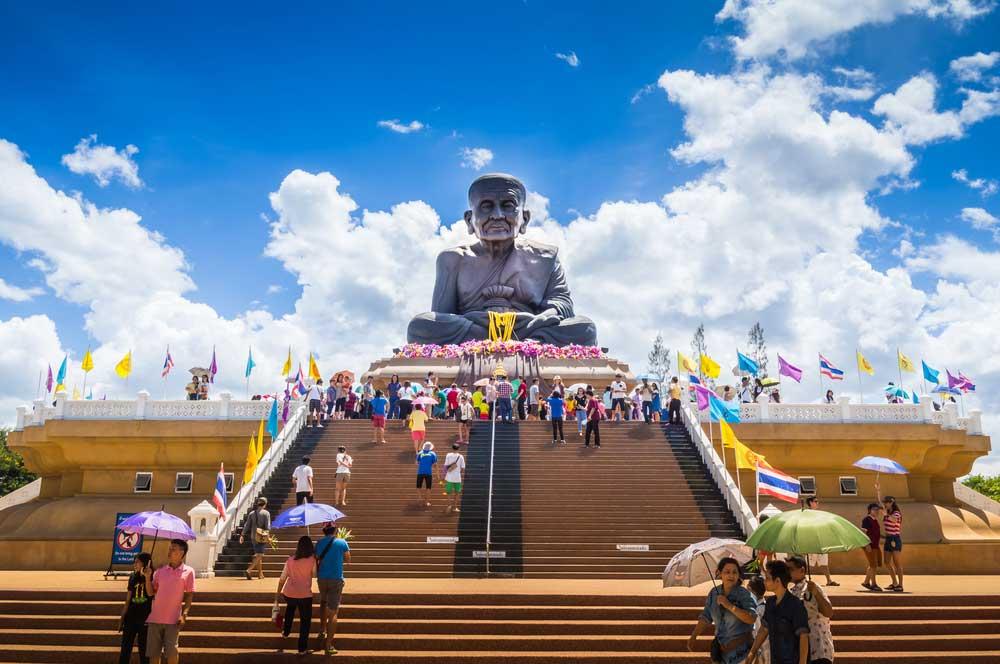 travelibro Thailand Bangkok Chiang Mai Hua Hin Ko Samui Pattaya Phuket Thailand Backpacking Wat Huay Mongkol