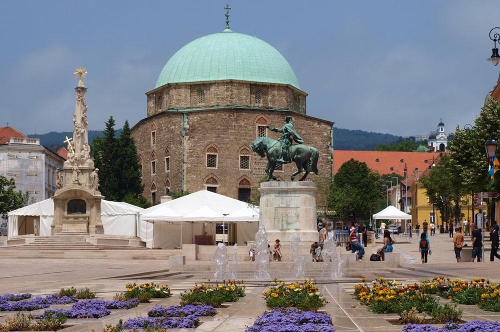 travelibro Hungary Budapest Pecs Siofok Hungary with Kids Mosque of Pasha Qasim