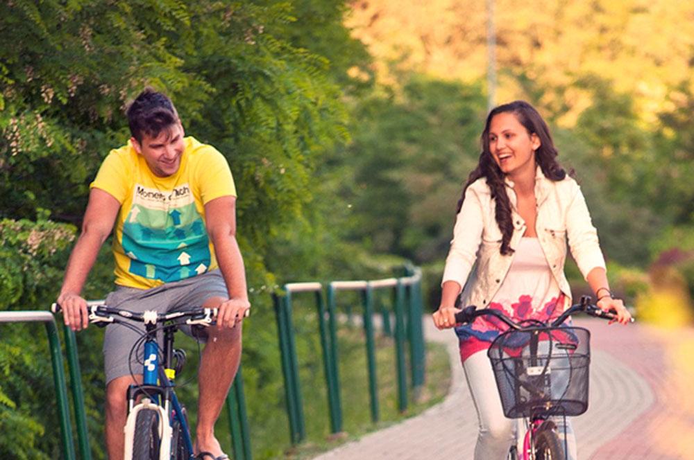 travelibro Hungary Budapest Heviz Lillafured Pecs Sarvar Siofok Visegrad Honeymoon in Hungary Bicyline Sarvar Tour