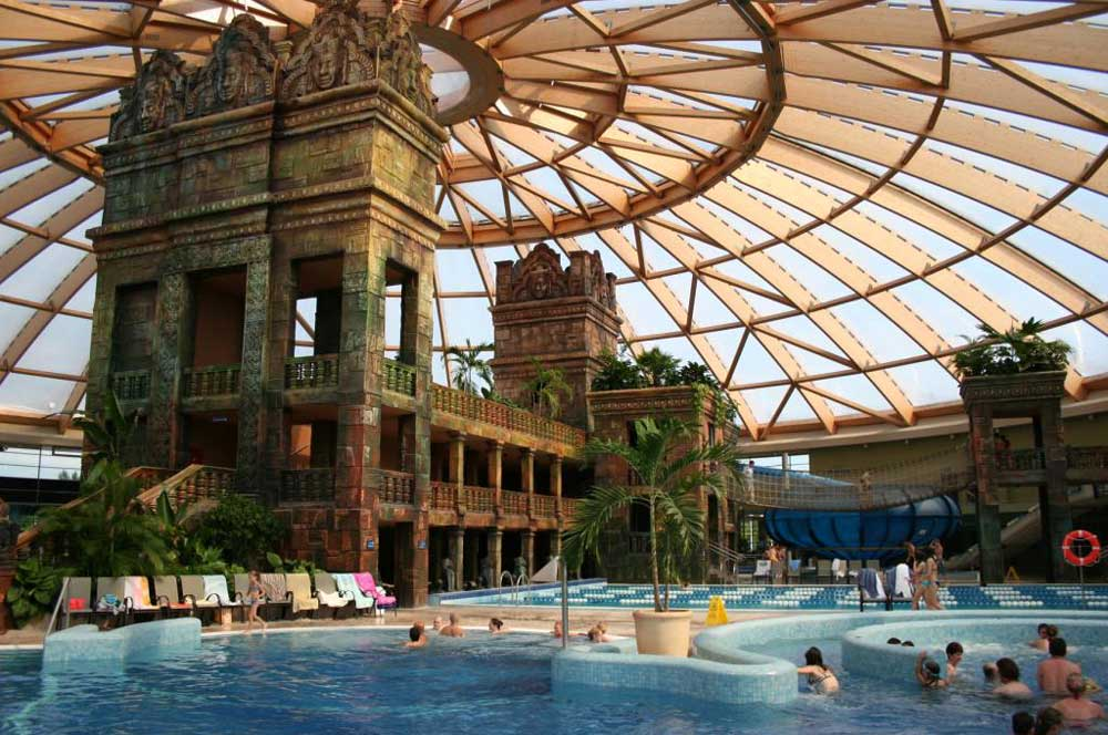 travelibro Hungary Budapest Pecs Siofok Hungary with Kids Aqua World Resort