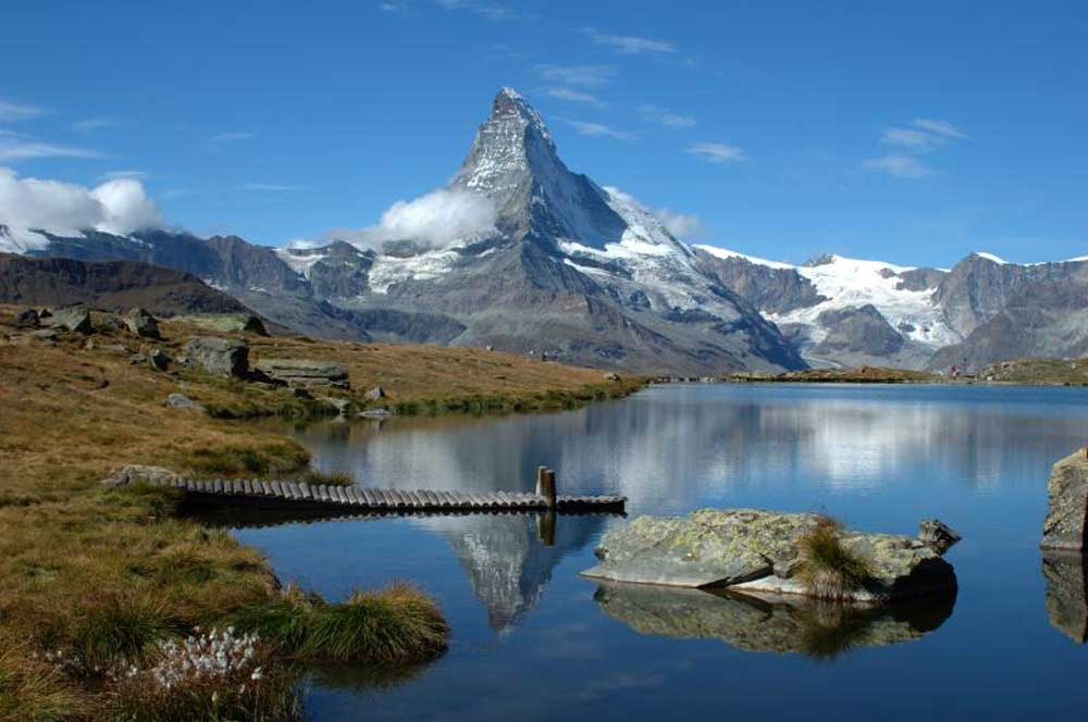 travelibro Switzerland Geneva Interlaken Montreux St. Moritz Zermatt Zurich Switzerland Honeymoon Five Lakes Walk