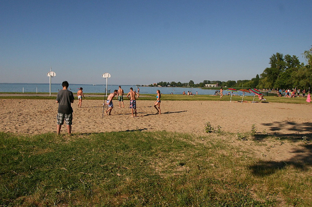 travelibro Hungary Budapest Pecs Siofok Hungary with Kids Golden and Silver Shore Beaches