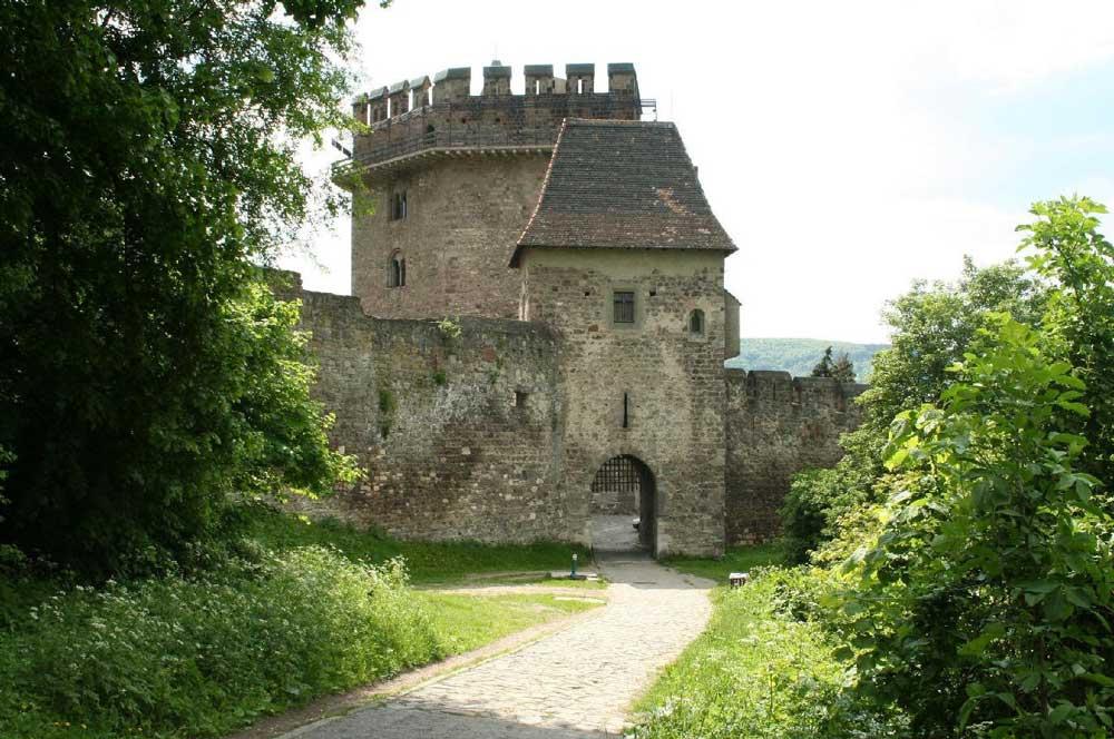 travelibro Hungary Budapest Heviz Lillafured Pecs Sarvar Siofok Visegrad Honeymoon in Hungary Solomon Tower (Lower Castle)