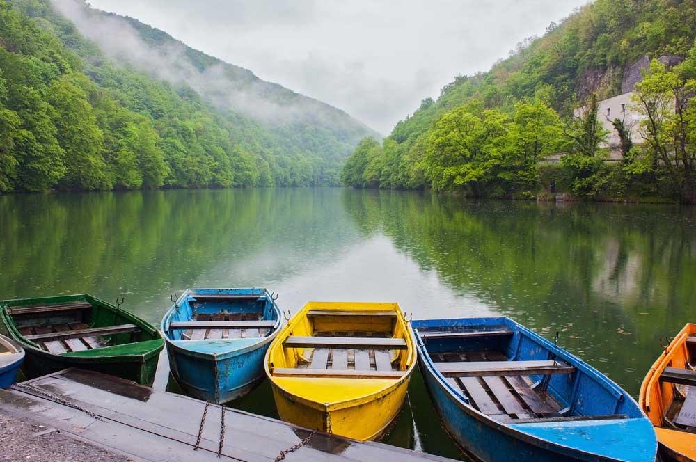 travelibro Hungary Budapest Heviz Lillafured Pecs Sarvar Siofok Visegrad Honeymoon in Hungary Hamori Lake